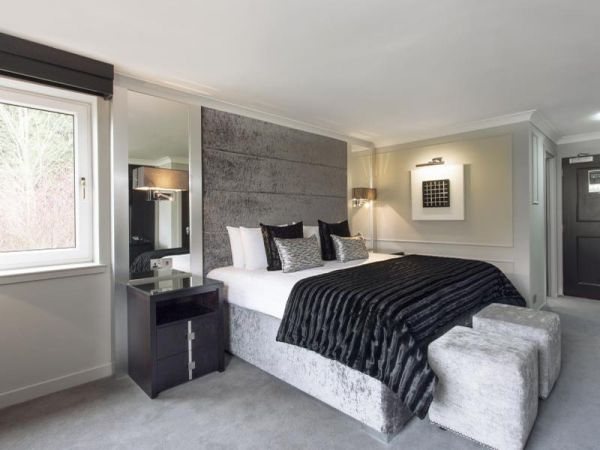 Airth_Castle_Double_Bedroom_Option_1x800-min.jpg